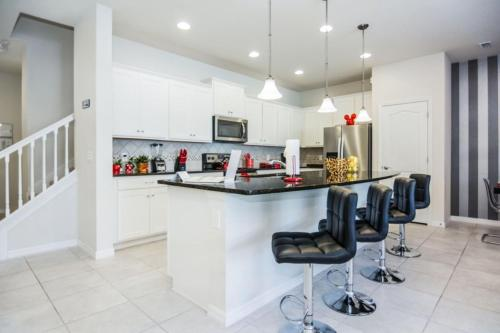Luxurious Vacation Home at Westside WW8948 - image 1