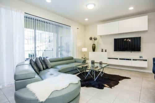 Luxurious Vacation Home at Westside WW8948 - image 10