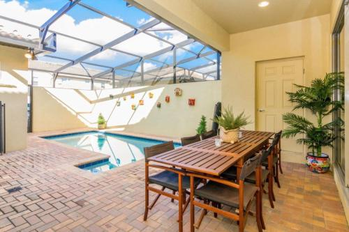 Luxurious Vacation Home at Westside WW8948 - image 12