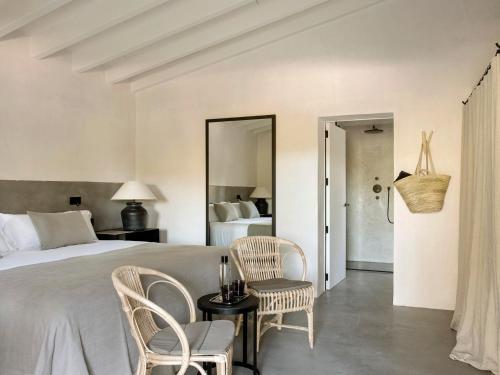 Habitación Deluxe con cama extragrande Finca Serena 2