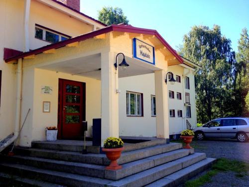 . Vanhan Koulun Majatalo-Old School Guest House