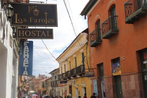 . Los Faroles Hostal