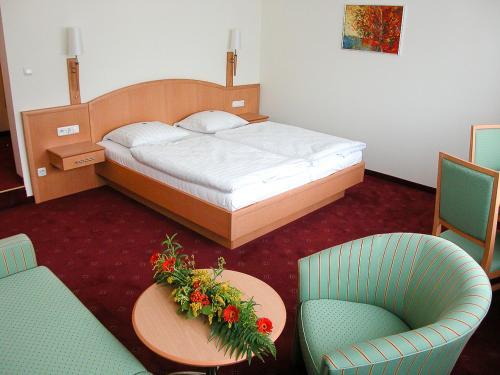 Gasthof Hensle Prices, photos, reviews, address  Austria