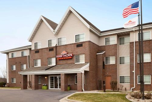 Hawthorn Suites By Wyndham Oak Creek/Milwaukee Airport - Hotel - Milwaukee