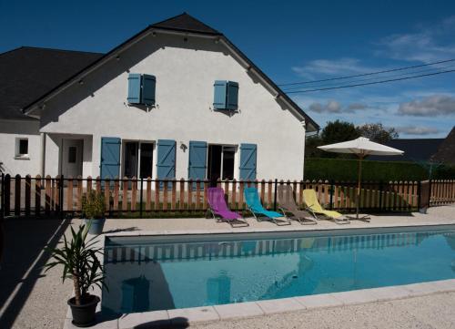 . Gite les 3 Edelweiss*** à Arette avec piscine commune 85550