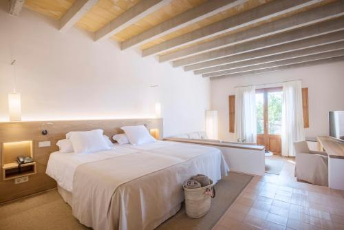 Deluxe Suite (Adults Only) Casa Rural Son Bernadinet 9