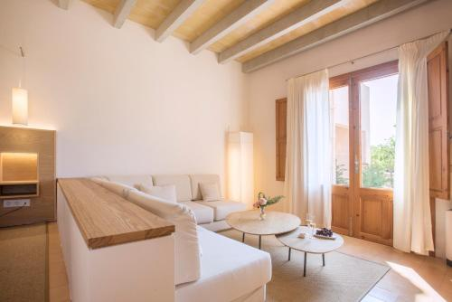 Deluxe Suite (Adults Only) Casa Rural Son Bernadinet 8