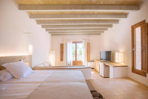 Deluxe Suite (Adults Only) Casa Rural Son Bernadinet 7