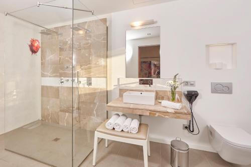Suite Bennoc Petit Hotel 16