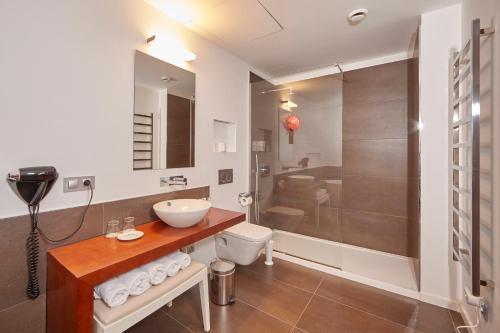 Suite Bennoc Petit Hotel 9