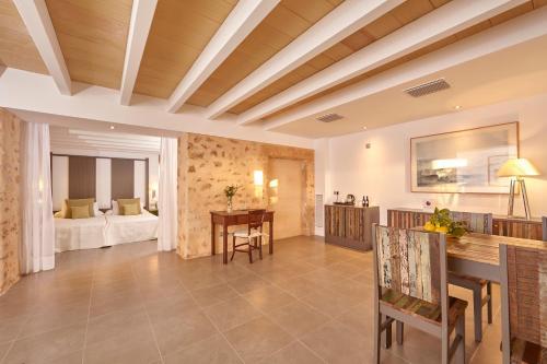 Suite Bennoc Petit Hotel 17