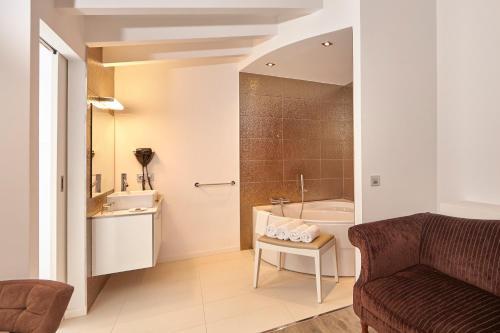 Suite Bennoc Petit Hotel 20