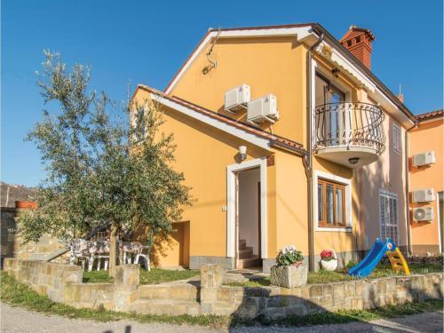 One-Bedroom Holiday Home in Ankaran