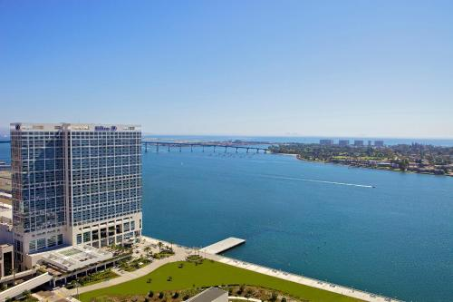 Hilton San Diego Bayfront - San Diego, CA CA 92101