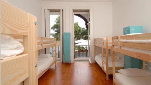So Cool Hostel Porto room photos