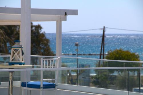 Blue Diamond Beach Villas - Photo 4 of 66