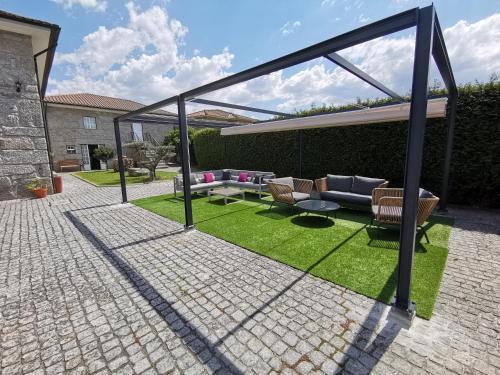 Villa Moura - Photo 6 of 50