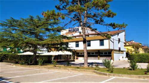 Hotel Santa Lucia - Bastia Umbra