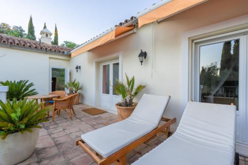 Suite with Terrace Hotel La Fuente de la Higuera 19