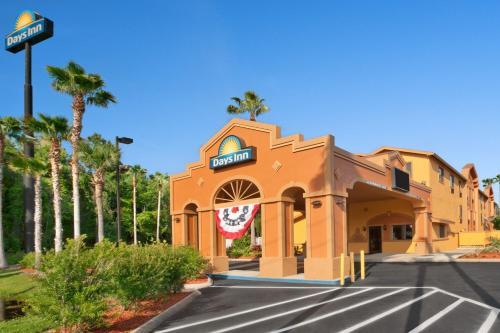 Days Inn By Wyndham Orange Park/Jacksonville - Orange Park, FL 32073