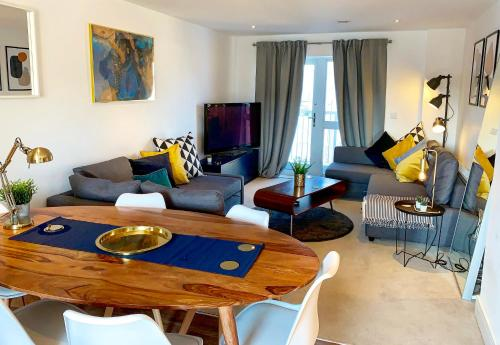 . Next Level Apartments at Station View - Guildford Centre
