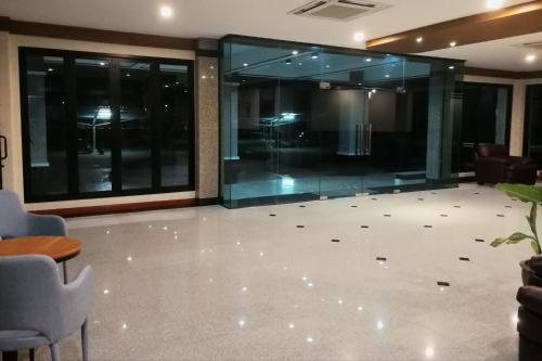 Laklada Hotel, Kantharalak