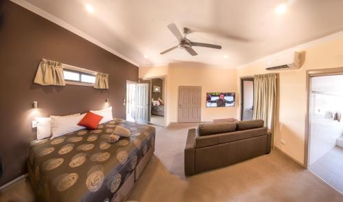 . Broken Hill Outback Resort