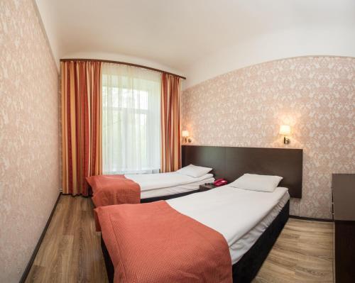 Pervomayskaya Hotel - image 13