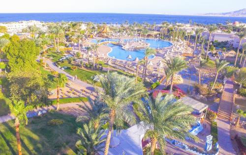 . Parrotel Beach Resort