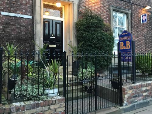 Cornerways Guest House (B&B)