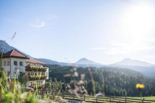 Familienhotel Maria - Hotel - Obereggen