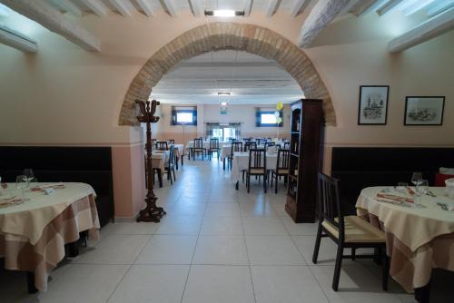 Hotel Ristorante Cantina Langelina - Corinaldo