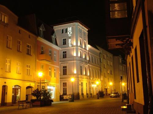 __{offers.Best_flights}__ Hotel Marmułowski