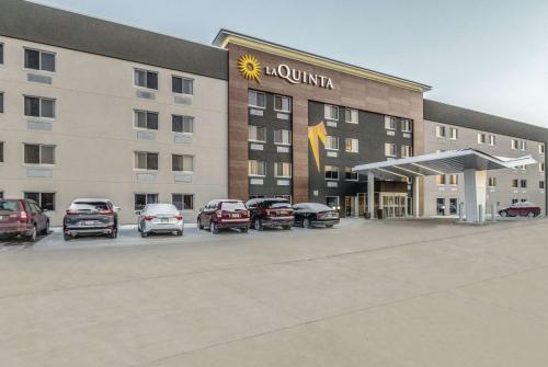 La Quinta by Wyndham Cleveland - Airport North