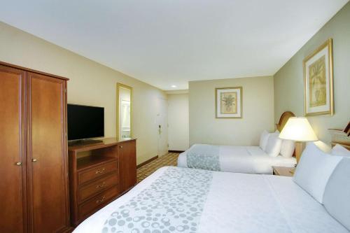 La Quinta Inn by Wyndham Queens (New York City) - image 4