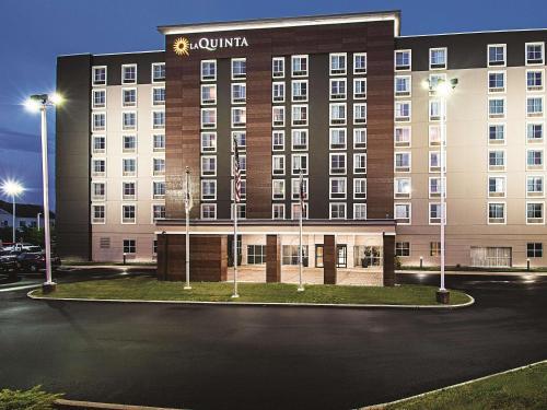 La Quinta by Wyndham Cincinnati Sharonville