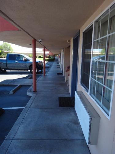 Americas Best Value Inn - Santa Rosa - Santa Rosa, CA 95407