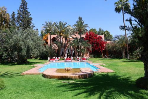 Dar Ayniwen Garden Hotel & Bird Zoo