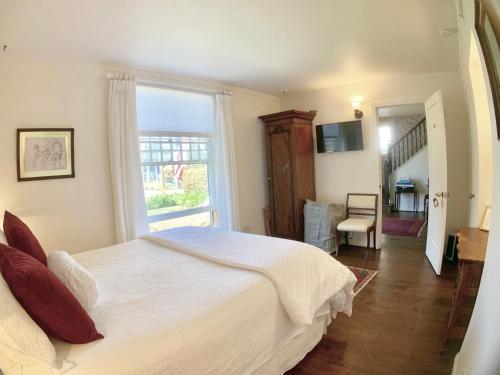 Bath Street Inn - image 10