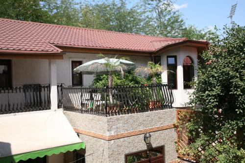 City Garden Rooms and Apartments - Accommodation - Bucharest