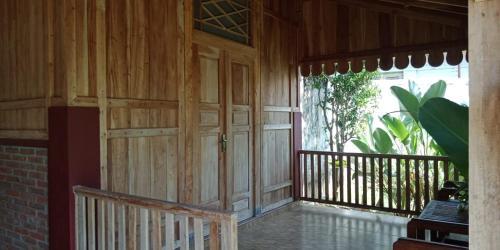 RIVERSIDE HOME STAY, Banyuwangi
