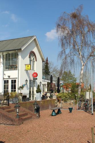 Logis Hotel de Brabantse Biesbosch