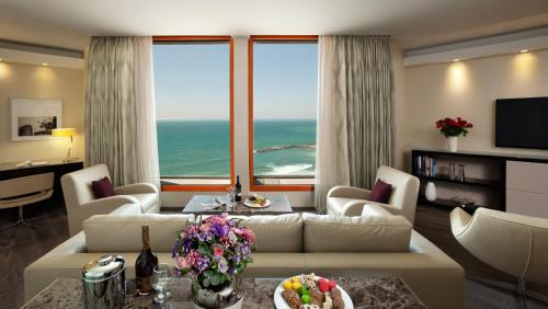 Carlton Tel Aviv Hotel – Luxury on the Beach Oda fotoğrafları