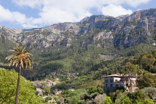 Carretera Deia Valldemossa, 07179 Majorca, Spain.