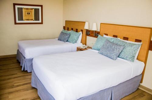 Hotel Mirabel rum bilder
