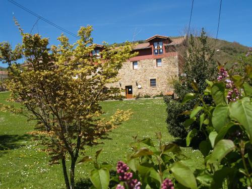 Albergue La Torre - Accommodation - Santiurde de Reinosa