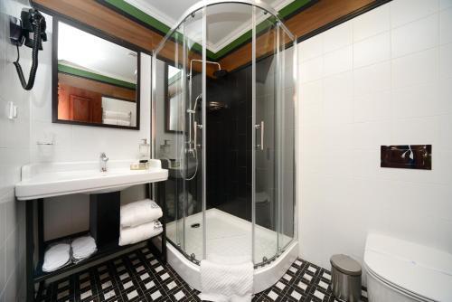 Design Hotel Senator - image 8