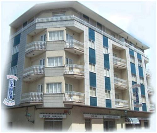 . HOTEL LORENZO