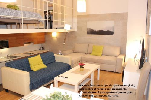 . Apartamentos Clavero