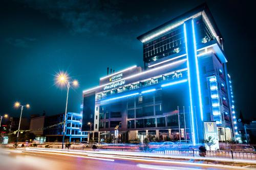 . Copthorne Hotel Baranan